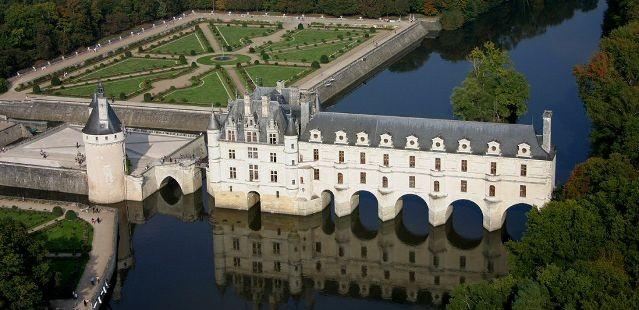 Zámky na Loire